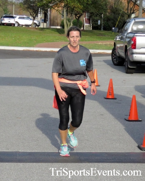 Chester River Challenge Half Marathon & 5K<br><br><br><br><a href='https://www.trisportsevents.com/pics/16_Chester_River_Chall;enge_047.JPG' download='16_Chester_River_Chall;enge_047.JPG'>Click here to download.</a><Br><a href='http://www.facebook.com/sharer.php?u=http:%2F%2Fwww.trisportsevents.com%2Fpics%2F16_Chester_River_Chall;enge_047.JPG&t=Chester River Challenge Half Marathon & 5K' target='_blank'><img src='images/fb_share.png' width='100'></a>