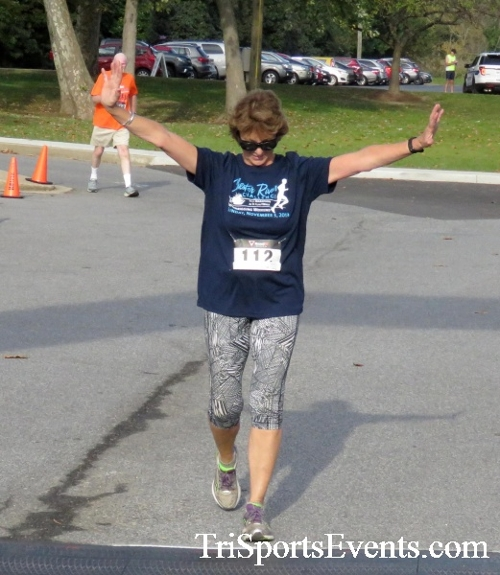Chester River Challenge Half Marathon & 5K<br><br><br><br><a href='https://www.trisportsevents.com/pics/16_Chester_River_Chall;enge_076.JPG' download='16_Chester_River_Chall;enge_076.JPG'>Click here to download.</a><Br><a href='http://www.facebook.com/sharer.php?u=http:%2F%2Fwww.trisportsevents.com%2Fpics%2F16_Chester_River_Chall;enge_076.JPG&t=Chester River Challenge Half Marathon & 5K' target='_blank'><img src='images/fb_share.png' width='100'></a>