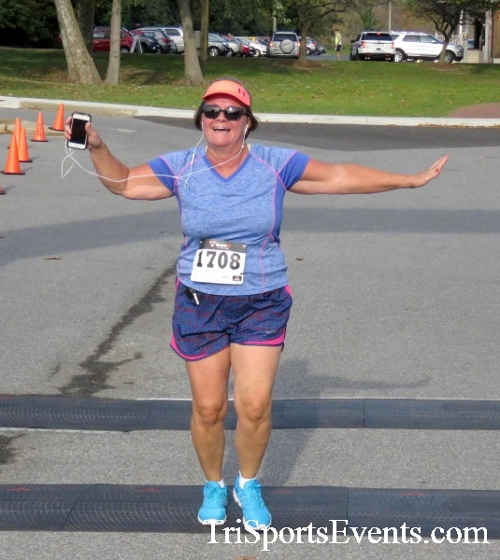Chester River Challenge Half Marathon & 5K<br><br><br><br><a href='https://www.trisportsevents.com/pics/16_Chester_River_Chall;enge_083.JPG' download='16_Chester_River_Chall;enge_083.JPG'>Click here to download.</a><Br><a href='http://www.facebook.com/sharer.php?u=http:%2F%2Fwww.trisportsevents.com%2Fpics%2F16_Chester_River_Chall;enge_083.JPG&t=Chester River Challenge Half Marathon & 5K' target='_blank'><img src='images/fb_share.png' width='100'></a>