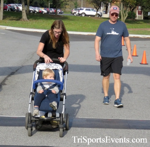Chester River Challenge Half Marathon & 5K<br><br><br><br><a href='https://www.trisportsevents.com/pics/16_Chester_River_Chall;enge_104.JPG' download='16_Chester_River_Chall;enge_104.JPG'>Click here to download.</a><Br><a href='http://www.facebook.com/sharer.php?u=http:%2F%2Fwww.trisportsevents.com%2Fpics%2F16_Chester_River_Chall;enge_104.JPG&t=Chester River Challenge Half Marathon & 5K' target='_blank'><img src='images/fb_share.png' width='100'></a>