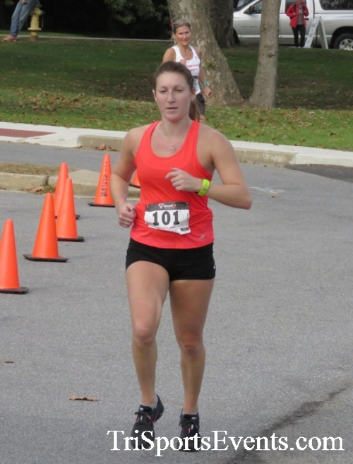 Chester River Challenge Half Marathon & 5K<br><br><br><br><a href='https://www.trisportsevents.com/pics/16_Chester_River_Chall;enge_129.JPG' download='16_Chester_River_Chall;enge_129.JPG'>Click here to download.</a><Br><a href='http://www.facebook.com/sharer.php?u=http:%2F%2Fwww.trisportsevents.com%2Fpics%2F16_Chester_River_Chall;enge_129.JPG&t=Chester River Challenge Half Marathon & 5K' target='_blank'><img src='images/fb_share.png' width='100'></a>