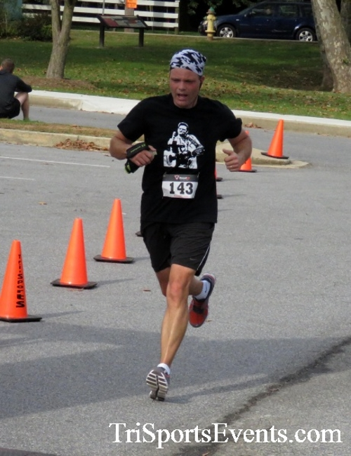 Chester River Challenge Half Marathon & 5K<br><br><br><br><a href='https://www.trisportsevents.com/pics/16_Chester_River_Chall;enge_133.JPG' download='16_Chester_River_Chall;enge_133.JPG'>Click here to download.</a><Br><a href='http://www.facebook.com/sharer.php?u=http:%2F%2Fwww.trisportsevents.com%2Fpics%2F16_Chester_River_Chall;enge_133.JPG&t=Chester River Challenge Half Marathon & 5K' target='_blank'><img src='images/fb_share.png' width='100'></a>