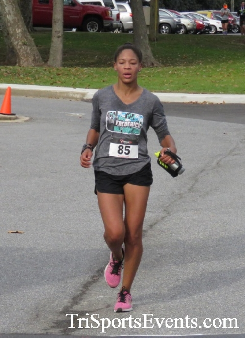 Chester River Challenge Half Marathon & 5K<br><br><br><br><a href='https://www.trisportsevents.com/pics/16_Chester_River_Chall;enge_147.JPG' download='16_Chester_River_Chall;enge_147.JPG'>Click here to download.</a><Br><a href='http://www.facebook.com/sharer.php?u=http:%2F%2Fwww.trisportsevents.com%2Fpics%2F16_Chester_River_Chall;enge_147.JPG&t=Chester River Challenge Half Marathon & 5K' target='_blank'><img src='images/fb_share.png' width='100'></a>