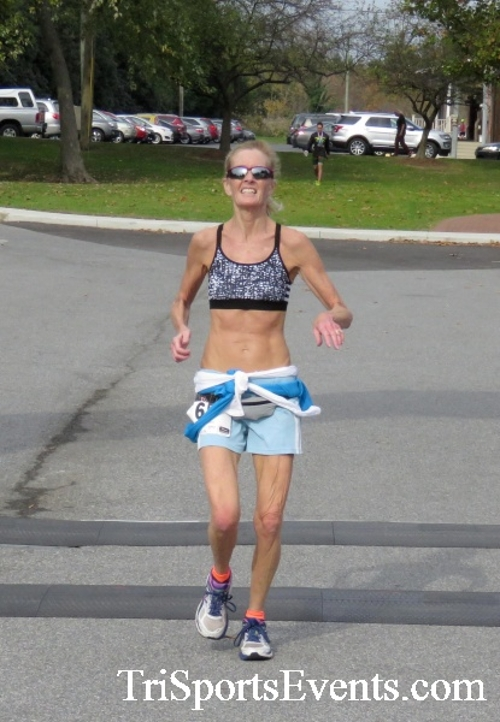 Chester River Challenge Half Marathon & 5K<br><br><br><br><a href='https://www.trisportsevents.com/pics/16_Chester_River_Chall;enge_151.JPG' download='16_Chester_River_Chall;enge_151.JPG'>Click here to download.</a><Br><a href='http://www.facebook.com/sharer.php?u=http:%2F%2Fwww.trisportsevents.com%2Fpics%2F16_Chester_River_Chall;enge_151.JPG&t=Chester River Challenge Half Marathon & 5K' target='_blank'><img src='images/fb_share.png' width='100'></a>