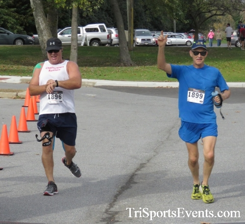 Chester River Challenge Half Marathon & 5K<br><br><br><br><a href='https://www.trisportsevents.com/pics/16_Chester_River_Chall;enge_188.JPG' download='16_Chester_River_Chall;enge_188.JPG'>Click here to download.</a><Br><a href='http://www.facebook.com/sharer.php?u=http:%2F%2Fwww.trisportsevents.com%2Fpics%2F16_Chester_River_Chall;enge_188.JPG&t=Chester River Challenge Half Marathon & 5K' target='_blank'><img src='images/fb_share.png' width='100'></a>