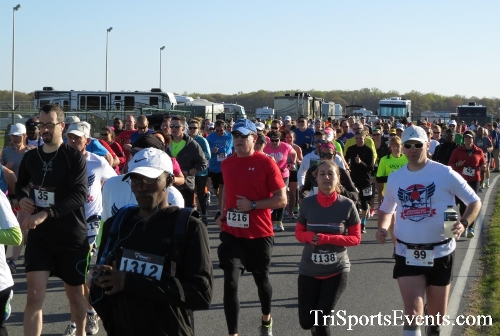 Dover Air Force Base Heritage Half Marathon & 5K<br><br><br><br><a href='http://www.trisportsevents.com/pics/16_DAFB_Half_&_5K_017.JPG' download='16_DAFB_Half_&_5K_017.JPG'>Click here to download.</a><Br><a href='http://www.facebook.com/sharer.php?u=http:%2F%2Fwww.trisportsevents.com%2Fpics%2F16_DAFB_Half_&_5K_017.JPG&t=Dover Air Force Base Heritage Half Marathon & 5K' target='_blank'><img src='images/fb_share.png' width='100'></a>