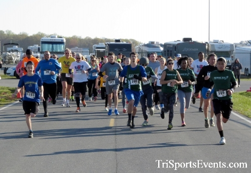 Dover Air Force Base Heritage Half Marathon & 5K<br><br><br><br><a href='http://www.trisportsevents.com/pics/16_DAFB_Half_&_5K_032.JPG' download='16_DAFB_Half_&_5K_032.JPG'>Click here to download.</a><Br><a href='http://www.facebook.com/sharer.php?u=http:%2F%2Fwww.trisportsevents.com%2Fpics%2F16_DAFB_Half_&_5K_032.JPG&t=Dover Air Force Base Heritage Half Marathon & 5K' target='_blank'><img src='images/fb_share.png' width='100'></a>
