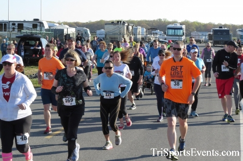 Dover Air Force Base Heritage Half Marathon & 5K<br><br><br><br><a href='http://www.trisportsevents.com/pics/16_DAFB_Half_&_5K_036.JPG' download='16_DAFB_Half_&_5K_036.JPG'>Click here to download.</a><Br><a href='http://www.facebook.com/sharer.php?u=http:%2F%2Fwww.trisportsevents.com%2Fpics%2F16_DAFB_Half_&_5K_036.JPG&t=Dover Air Force Base Heritage Half Marathon & 5K' target='_blank'><img src='images/fb_share.png' width='100'></a>