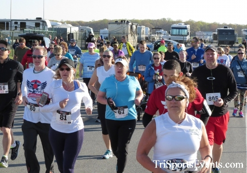 Dover Air Force Base Heritage Half Marathon & 5K<br><br><br><br><a href='http://www.trisportsevents.com/pics/16_DAFB_Half_&_5K_037.JPG' download='16_DAFB_Half_&_5K_037.JPG'>Click here to download.</a><Br><a href='http://www.facebook.com/sharer.php?u=http:%2F%2Fwww.trisportsevents.com%2Fpics%2F16_DAFB_Half_&_5K_037.JPG&t=Dover Air Force Base Heritage Half Marathon & 5K' target='_blank'><img src='images/fb_share.png' width='100'></a>