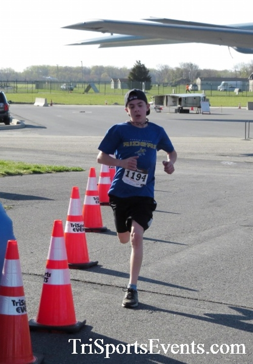 Dover Air Force Base Heritage Half Marathon & 5K<br><br><br><br><a href='http://www.trisportsevents.com/pics/16_DAFB_Half_&_5K_047.JPG' download='16_DAFB_Half_&_5K_047.JPG'>Click here to download.</a><Br><a href='http://www.facebook.com/sharer.php?u=http:%2F%2Fwww.trisportsevents.com%2Fpics%2F16_DAFB_Half_&_5K_047.JPG&t=Dover Air Force Base Heritage Half Marathon & 5K' target='_blank'><img src='images/fb_share.png' width='100'></a>