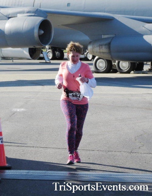 Dover Air Force Base Heritage Half Marathon & 5K<br><br><br><br><a href='http://www.trisportsevents.com/pics/16_DAFB_Half_&_5K_063.JPG' download='16_DAFB_Half_&_5K_063.JPG'>Click here to download.</a><Br><a href='http://www.facebook.com/sharer.php?u=http:%2F%2Fwww.trisportsevents.com%2Fpics%2F16_DAFB_Half_&_5K_063.JPG&t=Dover Air Force Base Heritage Half Marathon & 5K' target='_blank'><img src='images/fb_share.png' width='100'></a>