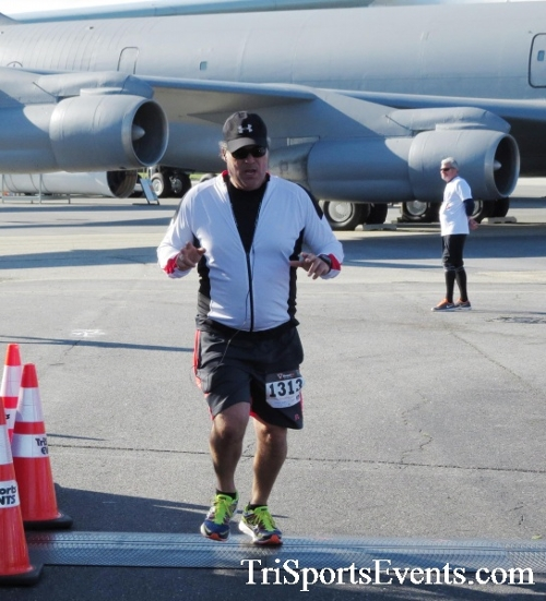 Dover Air Force Base Heritage Half Marathon & 5K<br><br><br><br><a href='http://www.trisportsevents.com/pics/16_DAFB_Half_&_5K_074.JPG' download='16_DAFB_Half_&_5K_074.JPG'>Click here to download.</a><Br><a href='http://www.facebook.com/sharer.php?u=http:%2F%2Fwww.trisportsevents.com%2Fpics%2F16_DAFB_Half_&_5K_074.JPG&t=Dover Air Force Base Heritage Half Marathon & 5K' target='_blank'><img src='images/fb_share.png' width='100'></a>