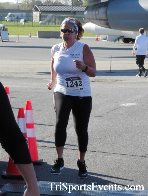 Dover Air Force Base Heritage Half Marathon & 5K<br><br><br><br><a href='http://www.trisportsevents.com/pics/16_DAFB_Half_&_5K_082.JPG' download='16_DAFB_Half_&_5K_082.JPG'>Click here to download.</a><Br><a href='http://www.facebook.com/sharer.php?u=http:%2F%2Fwww.trisportsevents.com%2Fpics%2F16_DAFB_Half_&_5K_082.JPG&t=Dover Air Force Base Heritage Half Marathon & 5K' target='_blank'><img src='images/fb_share.png' width='100'></a>
