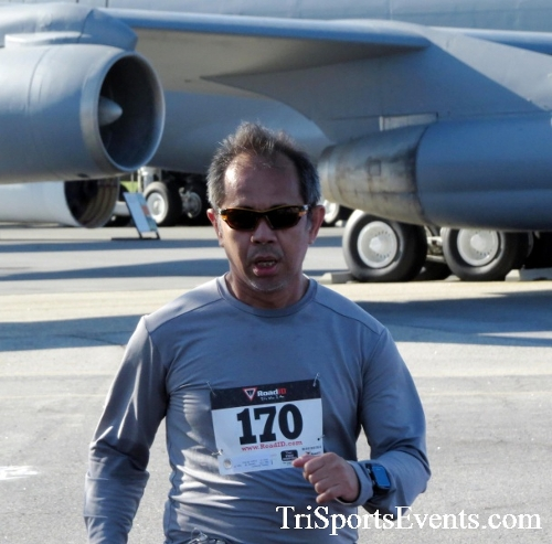 Dover Air Force Base Heritage Half Marathon & 5K<br><br><br><br><a href='http://www.trisportsevents.com/pics/16_DAFB_Half_&_5K_089.JPG' download='16_DAFB_Half_&_5K_089.JPG'>Click here to download.</a><Br><a href='http://www.facebook.com/sharer.php?u=http:%2F%2Fwww.trisportsevents.com%2Fpics%2F16_DAFB_Half_&_5K_089.JPG&t=Dover Air Force Base Heritage Half Marathon & 5K' target='_blank'><img src='images/fb_share.png' width='100'></a>