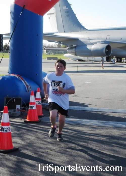 Dover Air Force Base Heritage Half Marathon & 5K<br><br><br><br><a href='http://www.trisportsevents.com/pics/16_DAFB_Half_&_5K_101.JPG' download='16_DAFB_Half_&_5K_101.JPG'>Click here to download.</a><Br><a href='http://www.facebook.com/sharer.php?u=http:%2F%2Fwww.trisportsevents.com%2Fpics%2F16_DAFB_Half_&_5K_101.JPG&t=Dover Air Force Base Heritage Half Marathon & 5K' target='_blank'><img src='images/fb_share.png' width='100'></a>