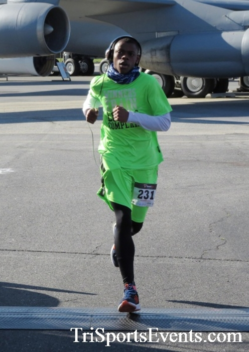 Dover Air Force Base Heritage Half Marathon & 5K<br><br><br><br><a href='http://www.trisportsevents.com/pics/16_DAFB_Half_&_5K_105.JPG' download='16_DAFB_Half_&_5K_105.JPG'>Click here to download.</a><Br><a href='http://www.facebook.com/sharer.php?u=http:%2F%2Fwww.trisportsevents.com%2Fpics%2F16_DAFB_Half_&_5K_105.JPG&t=Dover Air Force Base Heritage Half Marathon & 5K' target='_blank'><img src='images/fb_share.png' width='100'></a>