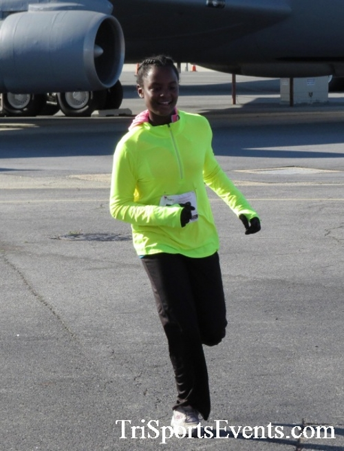 Dover Air Force Base Heritage Half Marathon & 5K<br><br><br><br><a href='http://www.trisportsevents.com/pics/16_DAFB_Half_&_5K_107.JPG' download='16_DAFB_Half_&_5K_107.JPG'>Click here to download.</a><Br><a href='http://www.facebook.com/sharer.php?u=http:%2F%2Fwww.trisportsevents.com%2Fpics%2F16_DAFB_Half_&_5K_107.JPG&t=Dover Air Force Base Heritage Half Marathon & 5K' target='_blank'><img src='images/fb_share.png' width='100'></a>