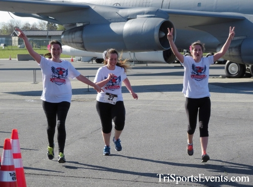Dover Air Force Base Heritage Half Marathon & 5K<br><br><br><br><a href='http://www.trisportsevents.com/pics/16_DAFB_Half_&_5K_114.JPG' download='16_DAFB_Half_&_5K_114.JPG'>Click here to download.</a><Br><a href='http://www.facebook.com/sharer.php?u=http:%2F%2Fwww.trisportsevents.com%2Fpics%2F16_DAFB_Half_&_5K_114.JPG&t=Dover Air Force Base Heritage Half Marathon & 5K' target='_blank'><img src='images/fb_share.png' width='100'></a>