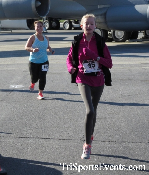 Dover Air Force Base Heritage Half Marathon & 5K<br><br><br><br><a href='http://www.trisportsevents.com/pics/16_DAFB_Half_&_5K_116.JPG' download='16_DAFB_Half_&_5K_116.JPG'>Click here to download.</a><Br><a href='http://www.facebook.com/sharer.php?u=http:%2F%2Fwww.trisportsevents.com%2Fpics%2F16_DAFB_Half_&_5K_116.JPG&t=Dover Air Force Base Heritage Half Marathon & 5K' target='_blank'><img src='images/fb_share.png' width='100'></a>