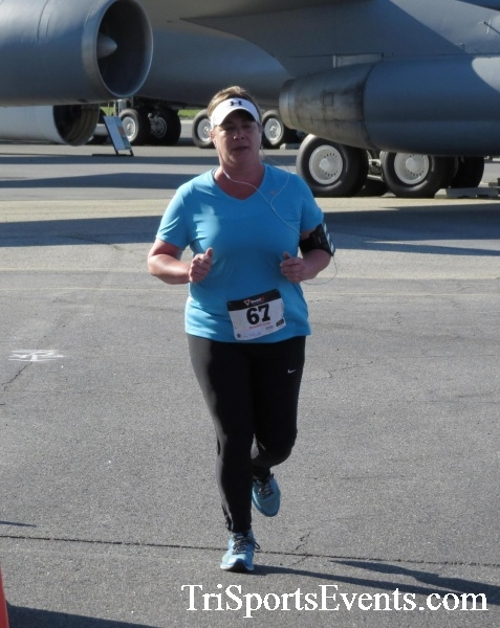 Dover Air Force Base Heritage Half Marathon & 5K<br><br><br><br><a href='http://www.trisportsevents.com/pics/16_DAFB_Half_&_5K_121.JPG' download='16_DAFB_Half_&_5K_121.JPG'>Click here to download.</a><Br><a href='http://www.facebook.com/sharer.php?u=http:%2F%2Fwww.trisportsevents.com%2Fpics%2F16_DAFB_Half_&_5K_121.JPG&t=Dover Air Force Base Heritage Half Marathon & 5K' target='_blank'><img src='images/fb_share.png' width='100'></a>