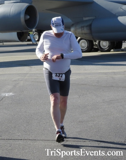 Dover Air Force Base Heritage Half Marathon & 5K<br><br><br><br><a href='http://www.trisportsevents.com/pics/16_DAFB_Half_&_5K_122.JPG' download='16_DAFB_Half_&_5K_122.JPG'>Click here to download.</a><Br><a href='http://www.facebook.com/sharer.php?u=http:%2F%2Fwww.trisportsevents.com%2Fpics%2F16_DAFB_Half_&_5K_122.JPG&t=Dover Air Force Base Heritage Half Marathon & 5K' target='_blank'><img src='images/fb_share.png' width='100'></a>