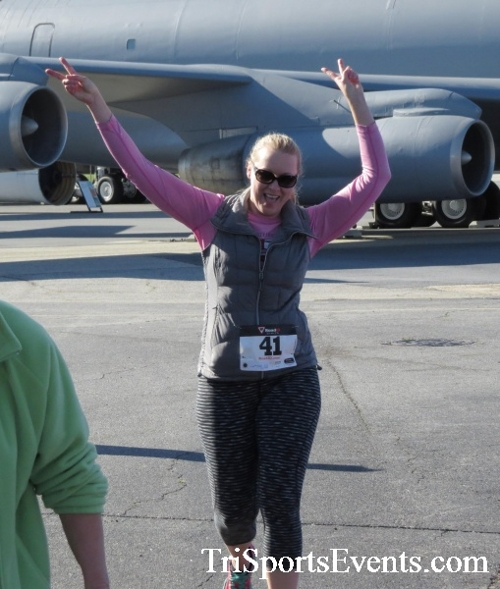 Dover Air Force Base Heritage Half Marathon & 5K<br><br><br><br><a href='http://www.trisportsevents.com/pics/16_DAFB_Half_&_5K_135.JPG' download='16_DAFB_Half_&_5K_135.JPG'>Click here to download.</a><Br><a href='http://www.facebook.com/sharer.php?u=http:%2F%2Fwww.trisportsevents.com%2Fpics%2F16_DAFB_Half_&_5K_135.JPG&t=Dover Air Force Base Heritage Half Marathon & 5K' target='_blank'><img src='images/fb_share.png' width='100'></a>