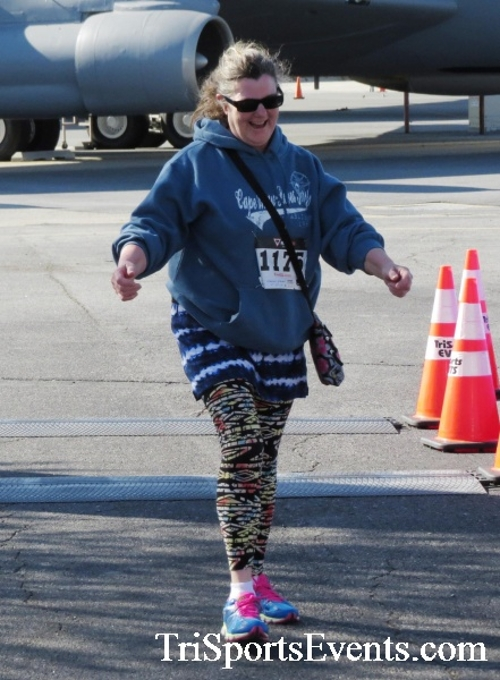 Dover Air Force Base Heritage Half Marathon & 5K<br><br><br><br><a href='http://www.trisportsevents.com/pics/16_DAFB_Half_&_5K_143.JPG' download='16_DAFB_Half_&_5K_143.JPG'>Click here to download.</a><Br><a href='http://www.facebook.com/sharer.php?u=http:%2F%2Fwww.trisportsevents.com%2Fpics%2F16_DAFB_Half_&_5K_143.JPG&t=Dover Air Force Base Heritage Half Marathon & 5K' target='_blank'><img src='images/fb_share.png' width='100'></a>