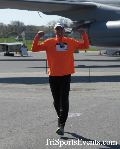 Dover Air Force Base Heritage Half Marathon & 5K<br><br><br><br><a href='http://www.trisportsevents.com/pics/16_DAFB_Half_&_5K_171.JPG' download='16_DAFB_Half_&_5K_171.JPG'>Click here to download.</a><Br><a href='http://www.facebook.com/sharer.php?u=http:%2F%2Fwww.trisportsevents.com%2Fpics%2F16_DAFB_Half_&_5K_171.JPG&t=Dover Air Force Base Heritage Half Marathon & 5K' target='_blank'><img src='images/fb_share.png' width='100'></a>