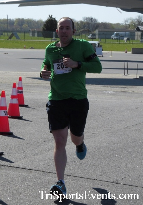 Dover Air Force Base Heritage Half Marathon & 5K<br><br><br><br><a href='http://www.trisportsevents.com/pics/16_DAFB_Half_&_5K_189.JPG' download='16_DAFB_Half_&_5K_189.JPG'>Click here to download.</a><Br><a href='http://www.facebook.com/sharer.php?u=http:%2F%2Fwww.trisportsevents.com%2Fpics%2F16_DAFB_Half_&_5K_189.JPG&t=Dover Air Force Base Heritage Half Marathon & 5K' target='_blank'><img src='images/fb_share.png' width='100'></a>