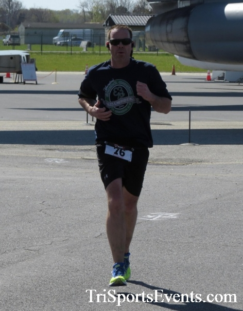 Dover Air Force Base Heritage Half Marathon & 5K<br><br><br><br><a href='http://www.trisportsevents.com/pics/16_DAFB_Half_&_5K_213.JPG' download='16_DAFB_Half_&_5K_213.JPG'>Click here to download.</a><Br><a href='http://www.facebook.com/sharer.php?u=http:%2F%2Fwww.trisportsevents.com%2Fpics%2F16_DAFB_Half_&_5K_213.JPG&t=Dover Air Force Base Heritage Half Marathon & 5K' target='_blank'><img src='images/fb_share.png' width='100'></a>