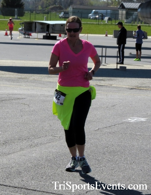 Dover Air Force Base Heritage Half Marathon & 5K<br><br><br><br><a href='http://www.trisportsevents.com/pics/16_DAFB_Half_&_5K_221.JPG' download='16_DAFB_Half_&_5K_221.JPG'>Click here to download.</a><Br><a href='http://www.facebook.com/sharer.php?u=http:%2F%2Fwww.trisportsevents.com%2Fpics%2F16_DAFB_Half_&_5K_221.JPG&t=Dover Air Force Base Heritage Half Marathon & 5K' target='_blank'><img src='images/fb_share.png' width='100'></a>