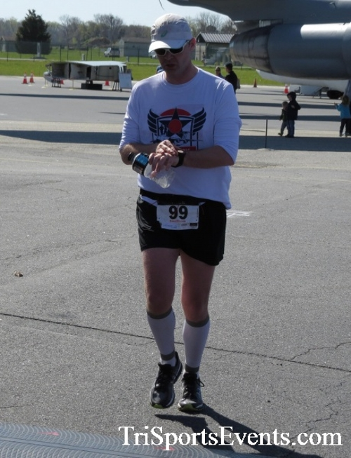 Dover Air Force Base Heritage Half Marathon & 5K<br><br><br><br><a href='http://www.trisportsevents.com/pics/16_DAFB_Half_&_5K_223.JPG' download='16_DAFB_Half_&_5K_223.JPG'>Click here to download.</a><Br><a href='http://www.facebook.com/sharer.php?u=http:%2F%2Fwww.trisportsevents.com%2Fpics%2F16_DAFB_Half_&_5K_223.JPG&t=Dover Air Force Base Heritage Half Marathon & 5K' target='_blank'><img src='images/fb_share.png' width='100'></a>