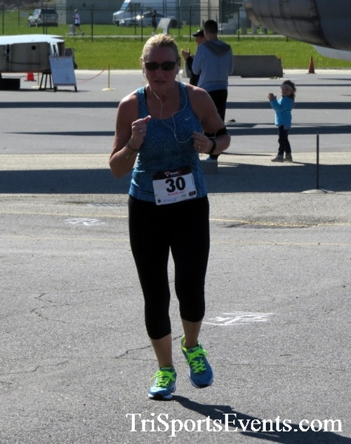 Dover Air Force Base Heritage Half Marathon & 5K<br><br><br><br><a href='http://www.trisportsevents.com/pics/16_DAFB_Half_&_5K_230.JPG' download='16_DAFB_Half_&_5K_230.JPG'>Click here to download.</a><Br><a href='http://www.facebook.com/sharer.php?u=http:%2F%2Fwww.trisportsevents.com%2Fpics%2F16_DAFB_Half_&_5K_230.JPG&t=Dover Air Force Base Heritage Half Marathon & 5K' target='_blank'><img src='images/fb_share.png' width='100'></a>