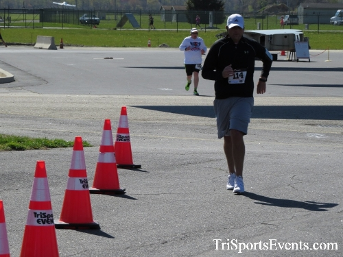 Dover Air Force Base Heritage Half Marathon & 5K<br><br><br><br><a href='http://www.trisportsevents.com/pics/16_DAFB_Half_&_5K_232.JPG' download='16_DAFB_Half_&_5K_232.JPG'>Click here to download.</a><Br><a href='http://www.facebook.com/sharer.php?u=http:%2F%2Fwww.trisportsevents.com%2Fpics%2F16_DAFB_Half_&_5K_232.JPG&t=Dover Air Force Base Heritage Half Marathon & 5K' target='_blank'><img src='images/fb_share.png' width='100'></a>