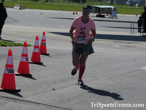 Dover Air Force Base Heritage Half Marathon & 5K<br><br><br><br><a href='http://www.trisportsevents.com/pics/16_DAFB_Half_&_5K_246.JPG' download='16_DAFB_Half_&_5K_246.JPG'>Click here to download.</a><Br><a href='http://www.facebook.com/sharer.php?u=http:%2F%2Fwww.trisportsevents.com%2Fpics%2F16_DAFB_Half_&_5K_246.JPG&t=Dover Air Force Base Heritage Half Marathon & 5K' target='_blank'><img src='images/fb_share.png' width='100'></a>