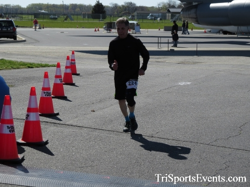 Dover Air Force Base Heritage Half Marathon & 5K<br><br><br><br><a href='http://www.trisportsevents.com/pics/16_DAFB_Half_&_5K_253.JPG' download='16_DAFB_Half_&_5K_253.JPG'>Click here to download.</a><Br><a href='http://www.facebook.com/sharer.php?u=http:%2F%2Fwww.trisportsevents.com%2Fpics%2F16_DAFB_Half_&_5K_253.JPG&t=Dover Air Force Base Heritage Half Marathon & 5K' target='_blank'><img src='images/fb_share.png' width='100'></a>