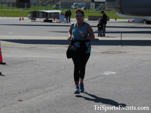 Dover Air Force Base Heritage Half Marathon & 5K<br><br><br><br><a href='http://www.trisportsevents.com/pics/16_DAFB_Half_&_5K_258.JPG' download='16_DAFB_Half_&_5K_258.JPG'>Click here to download.</a><Br><a href='http://www.facebook.com/sharer.php?u=http:%2F%2Fwww.trisportsevents.com%2Fpics%2F16_DAFB_Half_&_5K_258.JPG&t=Dover Air Force Base Heritage Half Marathon & 5K' target='_blank'><img src='images/fb_share.png' width='100'></a>