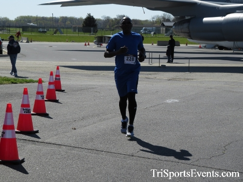 Dover Air Force Base Heritage Half Marathon & 5K<br><br><br><br><a href='http://www.trisportsevents.com/pics/16_DAFB_Half_&_5K_259.JPG' download='16_DAFB_Half_&_5K_259.JPG'>Click here to download.</a><Br><a href='http://www.facebook.com/sharer.php?u=http:%2F%2Fwww.trisportsevents.com%2Fpics%2F16_DAFB_Half_&_5K_259.JPG&t=Dover Air Force Base Heritage Half Marathon & 5K' target='_blank'><img src='images/fb_share.png' width='100'></a>