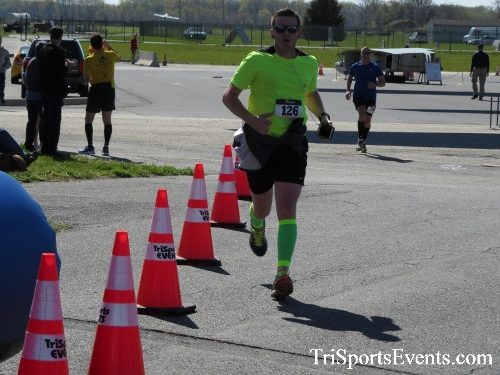 Dover Air Force Base Heritage Half Marathon & 5K<br><br><br><br><a href='http://www.trisportsevents.com/pics/16_DAFB_Half_&_5K_270.JPG' download='16_DAFB_Half_&_5K_270.JPG'>Click here to download.</a><Br><a href='http://www.facebook.com/sharer.php?u=http:%2F%2Fwww.trisportsevents.com%2Fpics%2F16_DAFB_Half_&_5K_270.JPG&t=Dover Air Force Base Heritage Half Marathon & 5K' target='_blank'><img src='images/fb_share.png' width='100'></a>