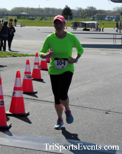Dover Air Force Base Heritage Half Marathon & 5K<br><br><br><br><a href='http://www.trisportsevents.com/pics/16_DAFB_Half_&_5K_273.JPG' download='16_DAFB_Half_&_5K_273.JPG'>Click here to download.</a><Br><a href='http://www.facebook.com/sharer.php?u=http:%2F%2Fwww.trisportsevents.com%2Fpics%2F16_DAFB_Half_&_5K_273.JPG&t=Dover Air Force Base Heritage Half Marathon & 5K' target='_blank'><img src='images/fb_share.png' width='100'></a>