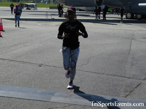Dover Air Force Base Heritage Half Marathon & 5K<br><br><br><br><a href='http://www.trisportsevents.com/pics/16_DAFB_Half_&_5K_275.JPG' download='16_DAFB_Half_&_5K_275.JPG'>Click here to download.</a><Br><a href='http://www.facebook.com/sharer.php?u=http:%2F%2Fwww.trisportsevents.com%2Fpics%2F16_DAFB_Half_&_5K_275.JPG&t=Dover Air Force Base Heritage Half Marathon & 5K' target='_blank'><img src='images/fb_share.png' width='100'></a>