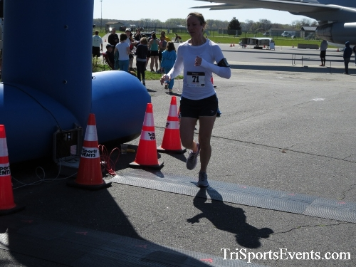 Dover Air Force Base Heritage Half Marathon & 5K<br><br><br><br><a href='http://www.trisportsevents.com/pics/16_DAFB_Half_&_5K_283.JPG' download='16_DAFB_Half_&_5K_283.JPG'>Click here to download.</a><Br><a href='http://www.facebook.com/sharer.php?u=http:%2F%2Fwww.trisportsevents.com%2Fpics%2F16_DAFB_Half_&_5K_283.JPG&t=Dover Air Force Base Heritage Half Marathon & 5K' target='_blank'><img src='images/fb_share.png' width='100'></a>