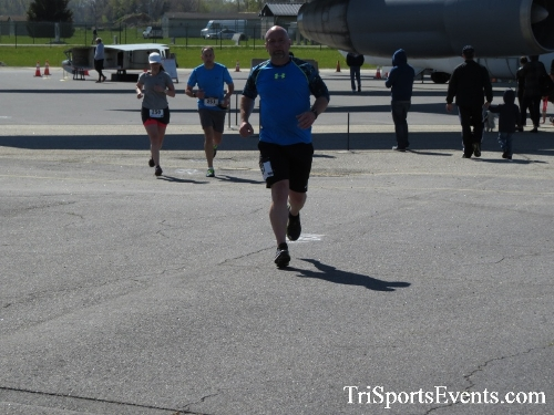 Dover Air Force Base Heritage Half Marathon & 5K<br><br><br><br><a href='http://www.trisportsevents.com/pics/16_DAFB_Half_&_5K_285.JPG' download='16_DAFB_Half_&_5K_285.JPG'>Click here to download.</a><Br><a href='http://www.facebook.com/sharer.php?u=http:%2F%2Fwww.trisportsevents.com%2Fpics%2F16_DAFB_Half_&_5K_285.JPG&t=Dover Air Force Base Heritage Half Marathon & 5K' target='_blank'><img src='images/fb_share.png' width='100'></a>