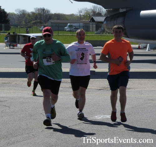 Dover Air Force Base Heritage Half Marathon & 5K<br><br><br><br><a href='http://www.trisportsevents.com/pics/16_DAFB_Half_&_5K_302.JPG' download='16_DAFB_Half_&_5K_302.JPG'>Click here to download.</a><Br><a href='http://www.facebook.com/sharer.php?u=http:%2F%2Fwww.trisportsevents.com%2Fpics%2F16_DAFB_Half_&_5K_302.JPG&t=Dover Air Force Base Heritage Half Marathon & 5K' target='_blank'><img src='images/fb_share.png' width='100'></a>
