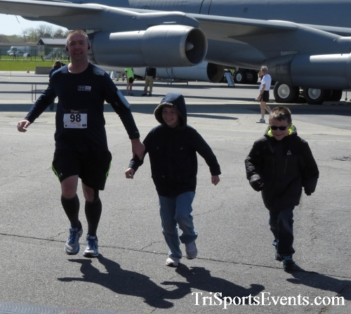 Dover Air Force Base Heritage Half Marathon & 5K<br><br><br><br><a href='http://www.trisportsevents.com/pics/16_DAFB_Half_&_5K_323.JPG' download='16_DAFB_Half_&_5K_323.JPG'>Click here to download.</a><Br><a href='http://www.facebook.com/sharer.php?u=http:%2F%2Fwww.trisportsevents.com%2Fpics%2F16_DAFB_Half_&_5K_323.JPG&t=Dover Air Force Base Heritage Half Marathon & 5K' target='_blank'><img src='images/fb_share.png' width='100'></a>