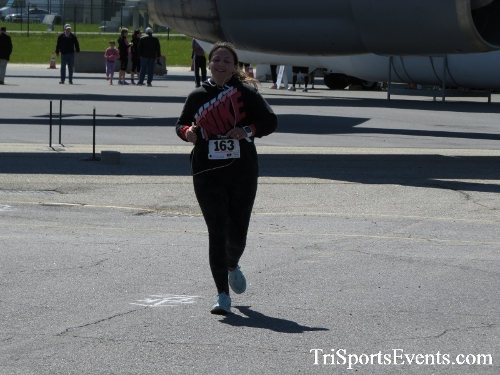 Dover Air Force Base Heritage Half Marathon & 5K<br><br><br><br><a href='http://www.trisportsevents.com/pics/16_DAFB_Half_&_5K_344.JPG' download='16_DAFB_Half_&_5K_344.JPG'>Click here to download.</a><Br><a href='http://www.facebook.com/sharer.php?u=http:%2F%2Fwww.trisportsevents.com%2Fpics%2F16_DAFB_Half_&_5K_344.JPG&t=Dover Air Force Base Heritage Half Marathon & 5K' target='_blank'><img src='images/fb_share.png' width='100'></a>