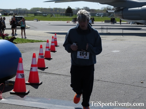 Dover Air Force Base Heritage Half Marathon & 5K<br><br><br><br><a href='http://www.trisportsevents.com/pics/16_DAFB_Half_&_5K_345.JPG' download='16_DAFB_Half_&_5K_345.JPG'>Click here to download.</a><Br><a href='http://www.facebook.com/sharer.php?u=http:%2F%2Fwww.trisportsevents.com%2Fpics%2F16_DAFB_Half_&_5K_345.JPG&t=Dover Air Force Base Heritage Half Marathon & 5K' target='_blank'><img src='images/fb_share.png' width='100'></a>