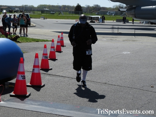 Dover Air Force Base Heritage Half Marathon & 5K<br><br><br><br><a href='http://www.trisportsevents.com/pics/16_DAFB_Half_&_5K_346.JPG' download='16_DAFB_Half_&_5K_346.JPG'>Click here to download.</a><Br><a href='http://www.facebook.com/sharer.php?u=http:%2F%2Fwww.trisportsevents.com%2Fpics%2F16_DAFB_Half_&_5K_346.JPG&t=Dover Air Force Base Heritage Half Marathon & 5K' target='_blank'><img src='images/fb_share.png' width='100'></a>