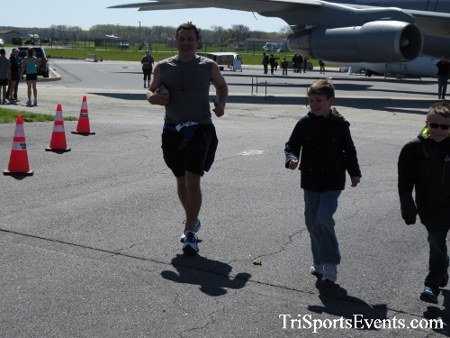 Dover Air Force Base Heritage Half Marathon & 5K<br><br><br><br><a href='http://www.trisportsevents.com/pics/16_DAFB_Half_&_5K_348.JPG' download='16_DAFB_Half_&_5K_348.JPG'>Click here to download.</a><Br><a href='http://www.facebook.com/sharer.php?u=http:%2F%2Fwww.trisportsevents.com%2Fpics%2F16_DAFB_Half_&_5K_348.JPG&t=Dover Air Force Base Heritage Half Marathon & 5K' target='_blank'><img src='images/fb_share.png' width='100'></a>