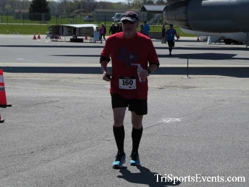 Dover Air Force Base Heritage Half Marathon & 5K<br><br><br><br><a href='http://www.trisportsevents.com/pics/16_DAFB_Half_&_5K_353.JPG' download='16_DAFB_Half_&_5K_353.JPG'>Click here to download.</a><Br><a href='http://www.facebook.com/sharer.php?u=http:%2F%2Fwww.trisportsevents.com%2Fpics%2F16_DAFB_Half_&_5K_353.JPG&t=Dover Air Force Base Heritage Half Marathon & 5K' target='_blank'><img src='images/fb_share.png' width='100'></a>